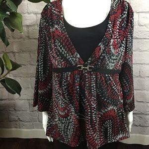 🍰 SALE! 3/$20 Fashion Bug Black & red layered top